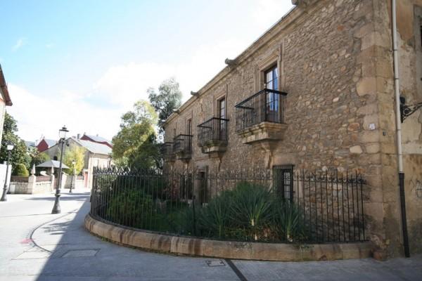 Casa Macías