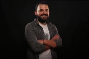 Gran espectáculo de humor benéfico en Quiroga a cargo del oriundo Alberte Montes que celebra sus 10 años 'sobre las tablas'