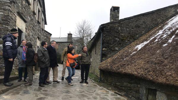 Licitada la restauración del conjunto etnográfico de las pallozas del Cebreiro para continuar siendo un referente turístico