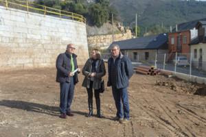 Baltar visitó ayer Carballeda de Valdeorras para tratar temas de cooperación y realizar un seguimiento de las obras emblemáticas