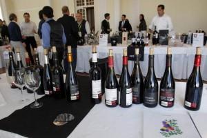 Los vinos valdeorreses encandilaron en el Gran Casino de Santander