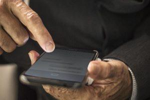 Iniciación a móviles para personas mayores en Camponaraya