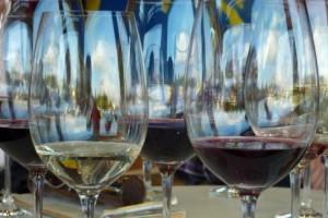 Consejos para no equivocarse en la elección del vino para estas  Navidades