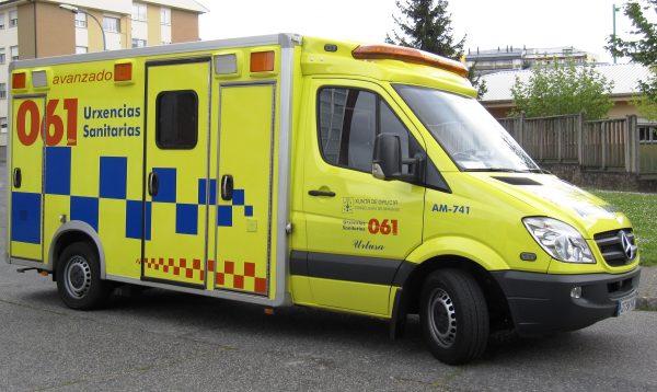 Atendidas, por el 061 de Galicia, dos personas por dos accidentes de circulación durante el fin de semana